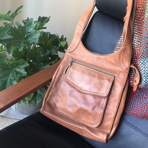 Gorgeous leather fossil bag